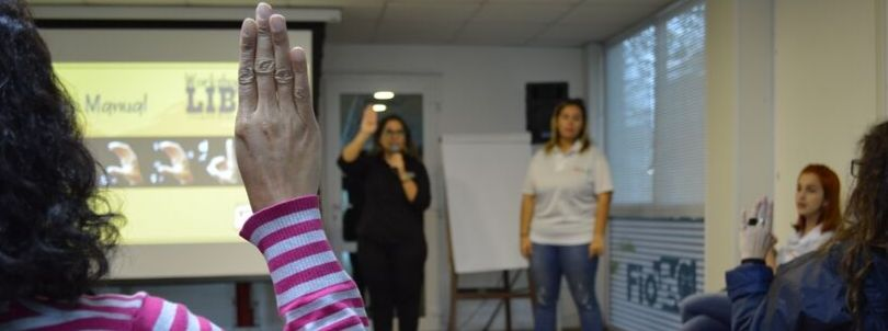 Libras Workshop Promotes Inclusion and Information at Fiotec